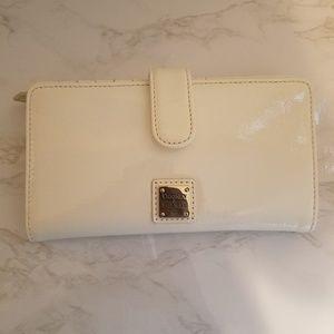 Dooney&Bourke, White wallet